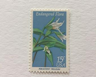 10 Vintage 15c US postage stamps - Endangered Flora 1979 - Persistant Trillium - white flower floral blue- unused