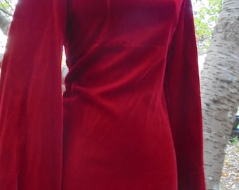 Red velvet  dress full sleeve long gown goth victorian vampire holiday 70s small  from vintage opulence on Etsy