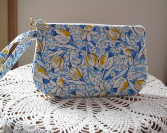 Vintage 30's Blue and Yellow Tulip Purse,Tulip Bag, Small Clutch, Camera Wristlet, Zipper Gadget Pouch, Small Camera Bag, Floral Purse