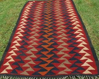 "Vivid Runner Maimana kilim/rug/carpet. Natural Wool. Handwoven. 6 ft 2"" x 3 ft 3"". 188 x 100 cm."