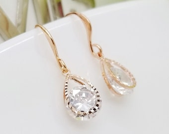 ROSE GOLD Teardrop Design with Round shape Crystal Earrings, Bride Bridesmaid earrings gifts