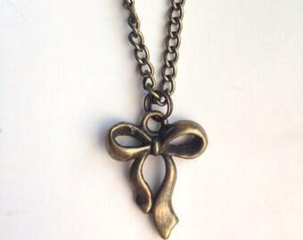 Pretty Bow Tibetan Antique Bronze Pendant Necklace