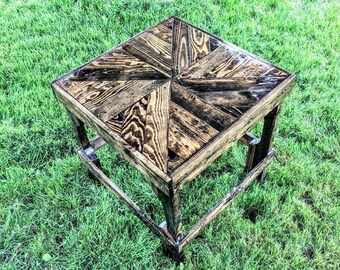 Square Pinwheel Pattern Table