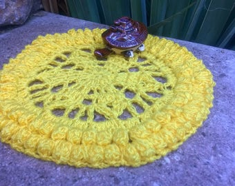 Crochet doily pattern mothers day gift easy kitchen pattern yellow doilies coaster tutorial small doily lace download pdf file kitchen decor