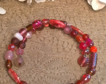 Red and Pink Beaded Choker Necklace, Memory wire Necklace, Red choker