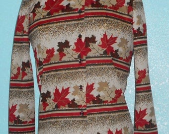 1970s Vintage Ladies Polyester Leaf Print Disco Hipster Shirt — Size Small, 4-6