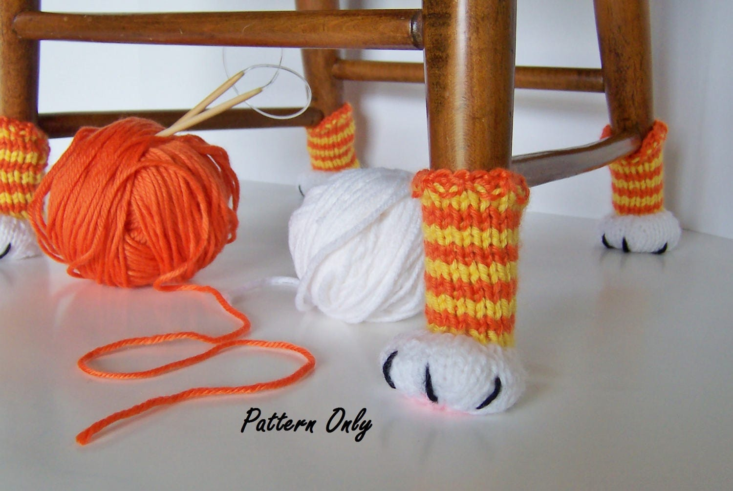 Knitting Pattern Cat Paw Chair Leg Covers DIY Instruction to