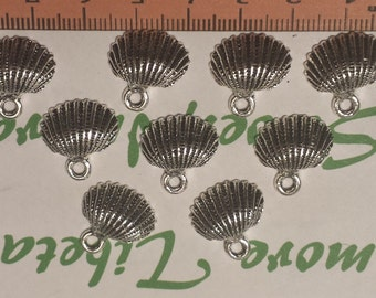 20 pcs per pack 16x15mm Antique Silver Clam Shell Charm Lead Free Pewter.