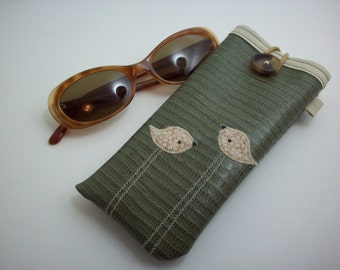 Sunglass or eyeglass case green with tan birds