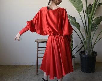 red jersey midi dress / slouch dress / batwing sleeve dress / s / m / 2430d