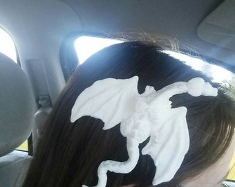 Dragon hair clip (unpainted )