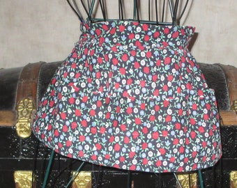 Apron vintage craft apron with 5 handy pockets