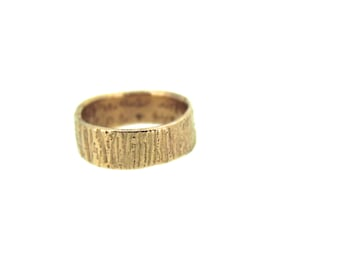 14k rose gold wedding band ring . shakespeare quote ring . mens womens woodgrain wedding band . made to order in size 4 5 6 7 8 9 10 11 12