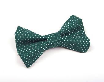 Hunter Green Polka Dot Bow Tie, Green boys bow tie, Green bow tie, green dot bow tie, ring bearer bow tie, dark green bow tie, green bow tie