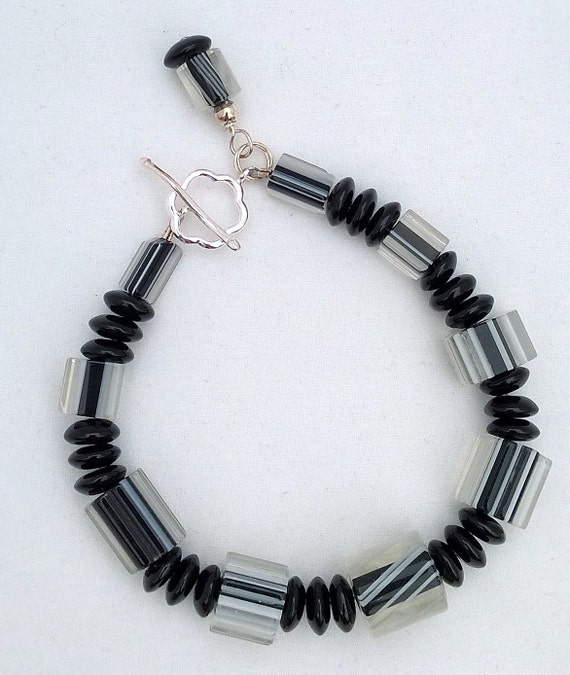 Black and White Furnace Glass and Onyx Bracelet, Black Bracelet, Black and White Bracelet, Onyx Bracelet