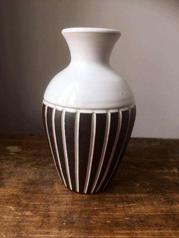 Scandinavian/Swedish/gabriel/minimalistic/vase/relief/ black and white /series/ art nouveau /art deco