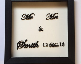 Mr and Mrs frame, Wedding gift,Personalized Mr and Mrs frame, Wedding date and name Frame gift, Gift for anniversary, Unique wedding gift