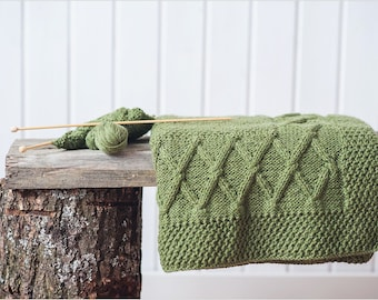 Hand knit baby blanket: wool, green color, ~25x33'' - Handknitted blanket for baby - Girl blanket - Boy blanket