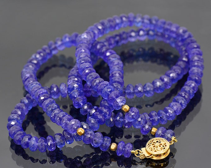 Breathtaking Faceted Tanzanite Bead Necklace with 14 kt Yellow Gold Clasp 196.0 cts.