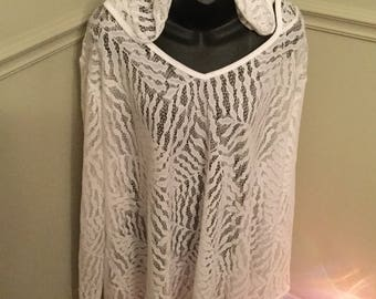SIZE 3X Lace Top with Hood perfect for Coverup or a Wonderful top.