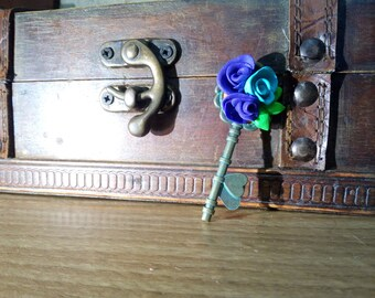 Pendant key