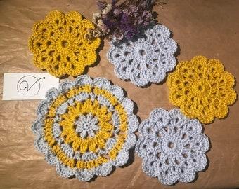 Set of 4 Floral Coasters  & 1 Teapot Mat