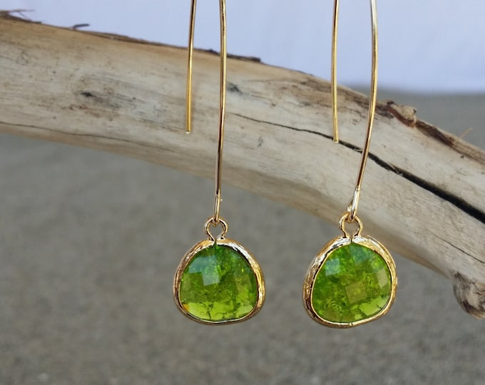 Bezel Set, Drop Earring, Faceted Crackled Glass, Gold Filled Ear Wire
