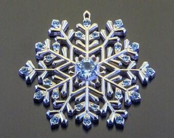 Silver Snowflake Necklace Snowflake Jewelry Snowflake Pendant London Blue Topaz Swiss Topaz Gemstone Jewelry Winter Jewelry Wedding Jewelry