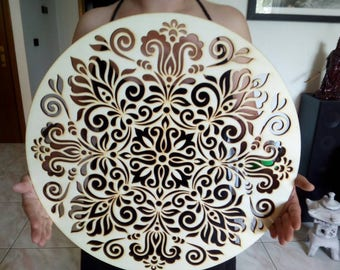 Large Mandala inlaid plywood made of laser cut poplar. Free shipping in Italy x areas not disadvantaged