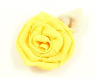 Flower with leaf, 6cm - yellow