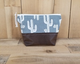 Cactus Print with Faux Leather Bottom Makeup Bag, Makeup Bag, Cactus Makeup Bag, Cactus Make Up Bag, Gift for Women, Toiletry Bag for Women