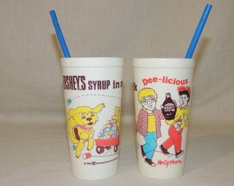 Lot of 2 1985 Hershey / Messy Marvin Plastic Chocolate Milk Cups with Straw