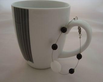 Simple black and white bracelet