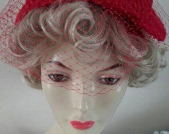 Red bow,1940s hat, 1950s hat, half hat, bow hat,vintage wedding, bow,mother of bride, birdcage, veil hat