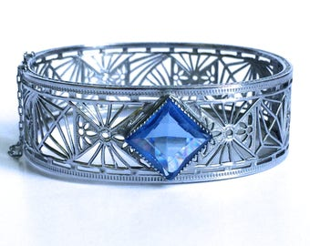 Art Deco filigree bracelet signed Nuwite