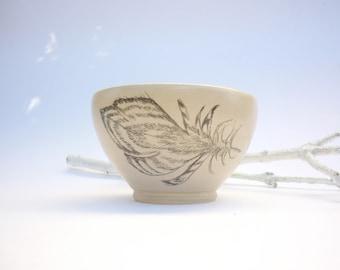 bol en céramique,dessin plume,bol a thé, fait-main, bol dessiné,bol d'artiste,cadeau art,tribu rouge;bol fait main,vaisselle tribale