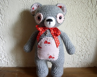 bear crocheted gray and pink acrylic