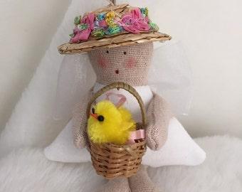 Folk Art Spring Angel (MiniAngChick)