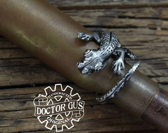 Lizard Ring - Adjustable - Doctor Gus Handcrafted Jewelry Creations - Made in USA - Pewter Ring with Lizard - Gecko - Newt - Salamander