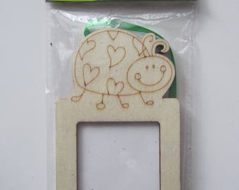 Mini wooden frame with magnet and topped with a ladybug to customize link