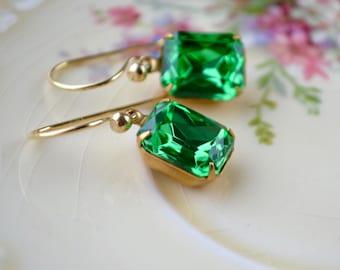 Vintage Rhinestone Earrings, Emerald Green Earrings, Estate Style Jewelry, Gold Vermeil Drop Earrings, Green Crystal Earrings, Prom Earrings