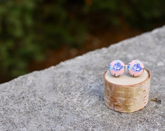 Fabric Button Earrings // Floral Peach Blue // Vintage Studs // Retro Earrings // Covered Buttons // Studs // Tiny Flower Colorful Earrings