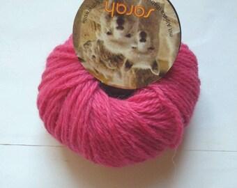 2 balls 20grams Sarah fuchsia 40 30 alpaca wool