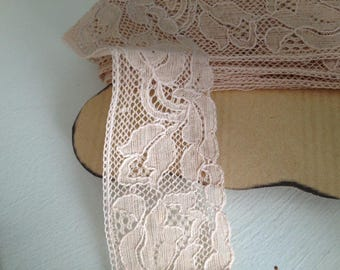 Beige 3 cm wide Lace band