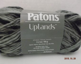 Patons Uplands Yarn ~ # 5 Bulky ~ Dark Granite ~  90 grams/3.2 oz ~ 99 yards/90 Meters