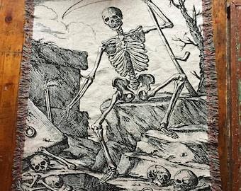"50"" x 60"" Woven Scythe Cotton Throw Blanket"