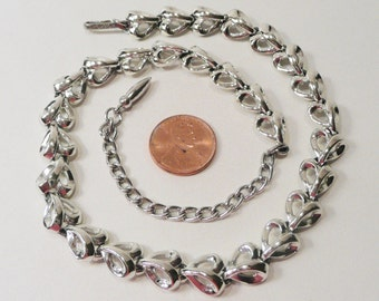 Vintage Coro Silver Tone Necklace