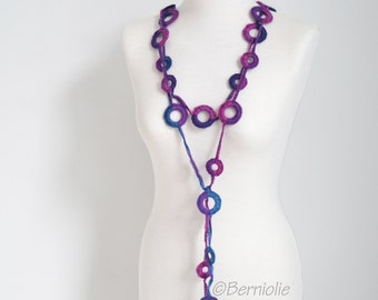 Crochet circle necklace, shades of pink and purple, N388