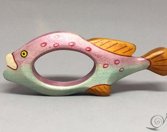 Toy Fish Gripping ring Tropical fish Wooden colorful | Size: 13,5 x 5,0 x 2,0 cm (bxhxs) approx. 37 gr.