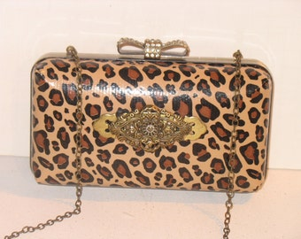 The NEW Jayne Box Clutch by facibags on Etsy
